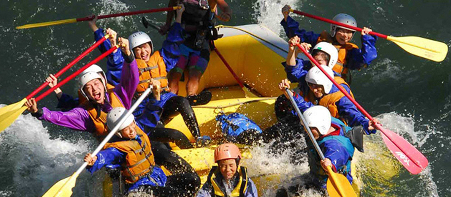 犀川でラフティング体験!